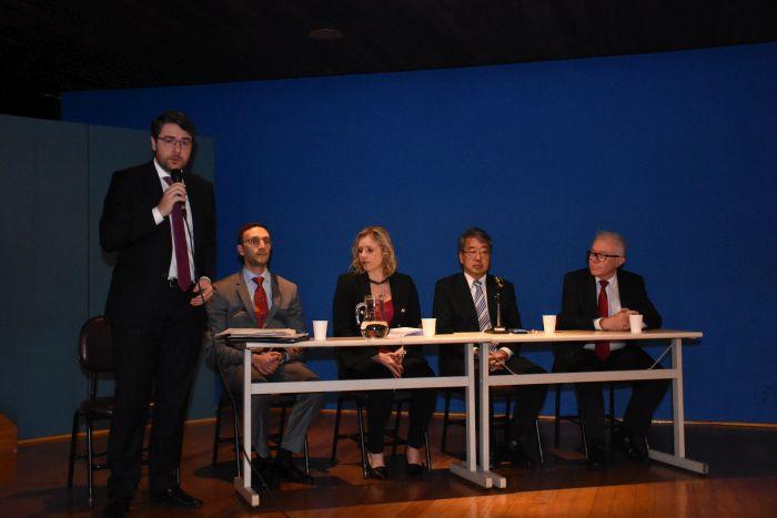 Sustentabilidade e energias renováveis marcam palestras no congresso de Direito na PUCPR