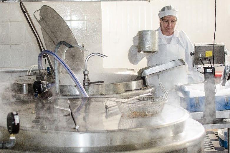 Grupo paranaense de refeições coletivas recicla mais  de 84 toneladas de óleo vegetal ao ano