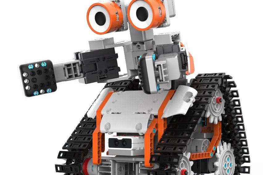 Robôs educacionais são novo foco da Inbrasmec