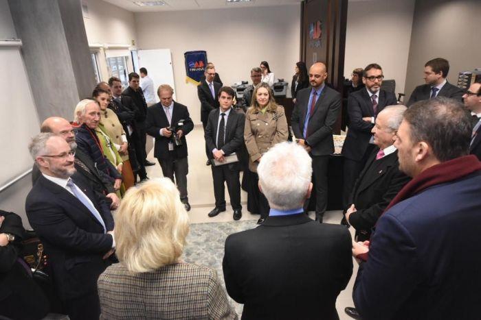 Diretora da CAA/PR prestigia inauguração da Sala do Advogado no Fórum Criminal de Curitiba