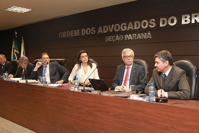 Procurador do Estado apresenta sistema de pagamento de honorários da advocacia dativa na OAB/PR