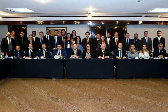 Tesoureira da APEP representa entidade em reunião da ANAPE