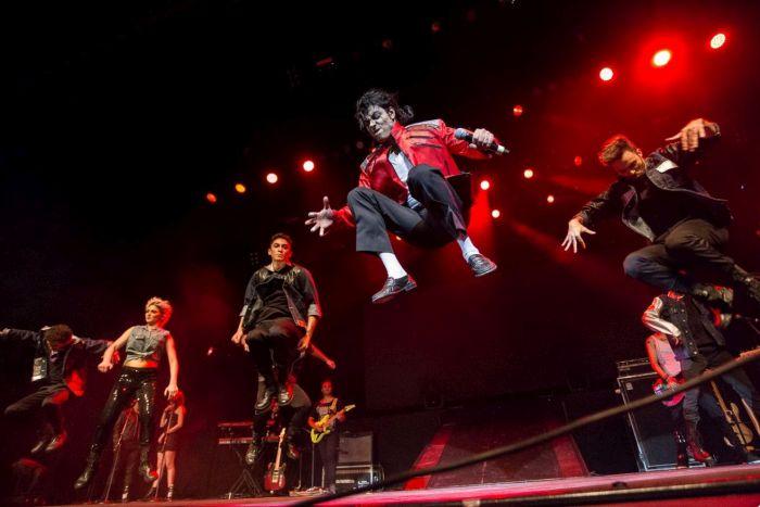 Rodrigo Teaser estrela Tributo ao Rei do Pop em Curitiba