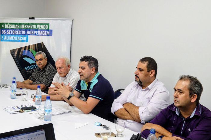 Turismo debate melhorias na legislação de eventos em Foz