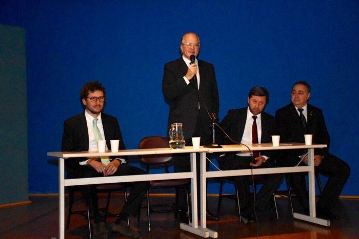 Professores da UFSC fazem palestra no Congresso Internacional de Direito e Sustentabilidade