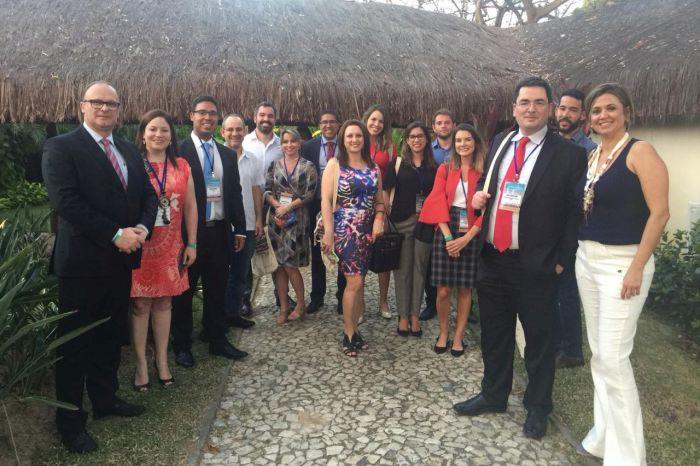 Comitiva de 21 procuradores do Paraná participou de Congresso Nacional na Bahia