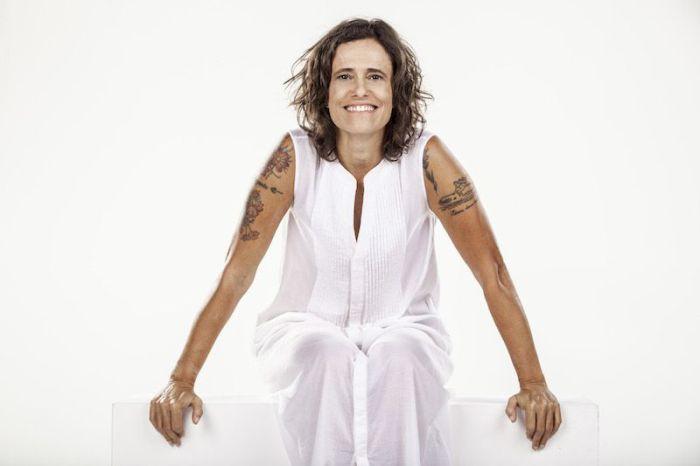 Ingressos à venda para show inédito de Zélia Duncan em Curitiba